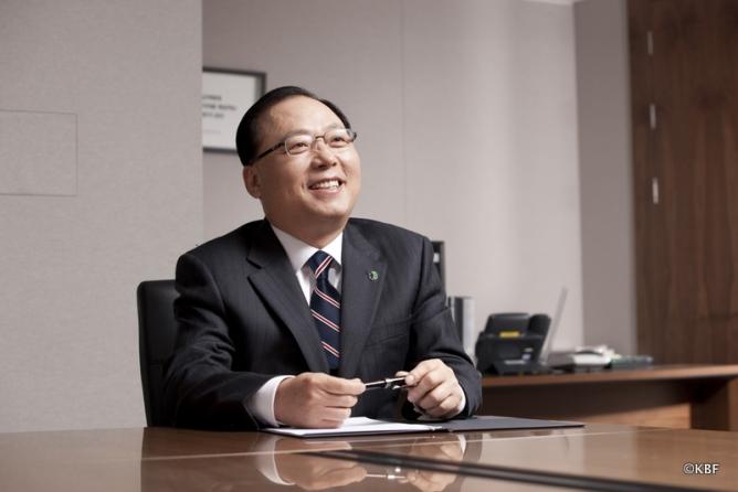 Chủ tịch Liên đoàn Billiards Hàn Quốc, ông Nam Sam-hyun