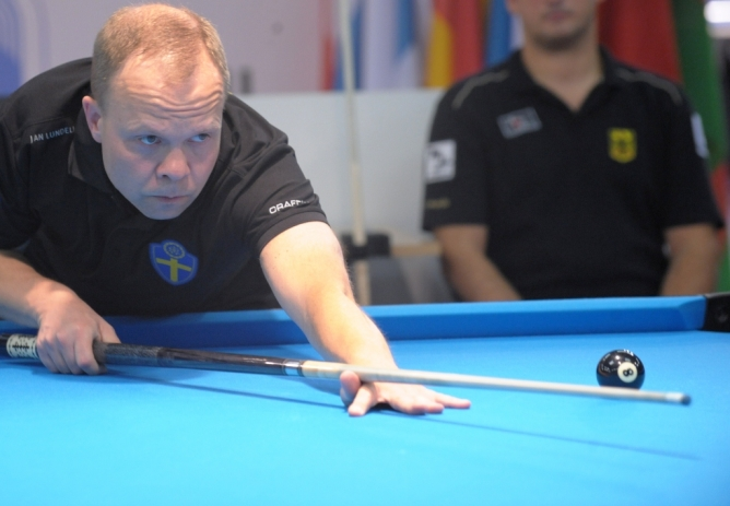 Correia got smashed by Lundell - Defending Champion in 10-ball loses his opening match